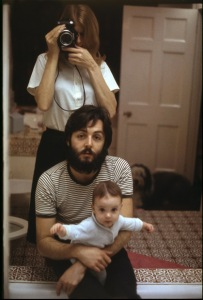 Paul, Linda and Mary McCartney in the bathroom, 1969. The window is out of the frame.